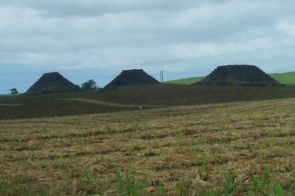 La strane piramidi dell'isola Mauritius