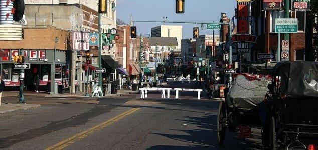 Fantasma di un rapinatore nelle strade di Memphis