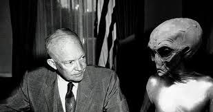 Eisenhower ha avuto tre incontri segreti con gli alieni