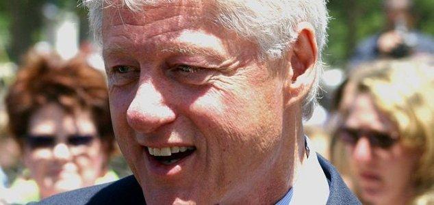 Bill Clinton parla di alieni in un'intervista