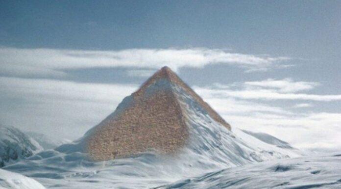 piramidi ghiaccio antartide