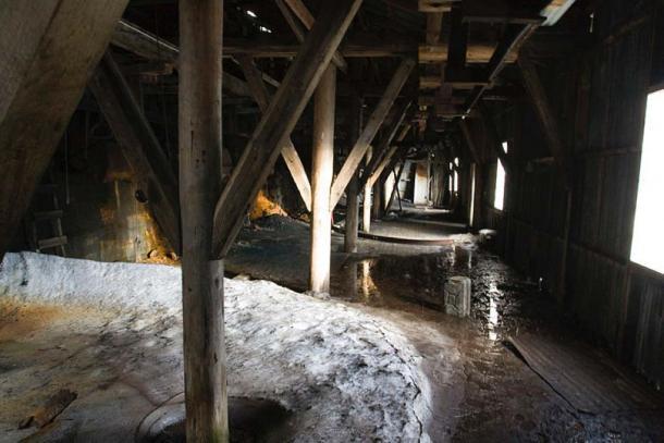 immagine-interno-miniera