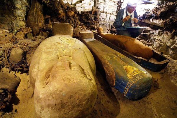 Necropoli_Egitto_mummie_assuan