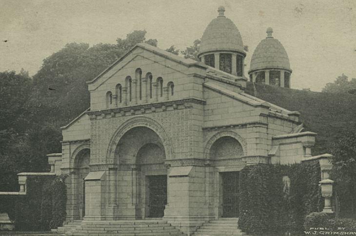 Il Cimitero Moravo e la tomba dei Vanderbilt